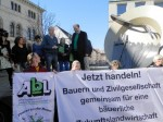 Übergabe der Forderungen des Agrarbündnisses Niedersachsen an Landwirtschaftsminister Meyer (Foto: Agrarbündnis Niedersachsen)