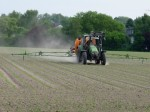 Pestizid Pestizide Acker Spritzmittel Traktor Gift