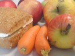 Äpfel, Karotten, Brötchen