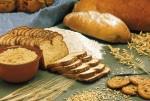 Getreide und Brote (Foto: Pixabay)